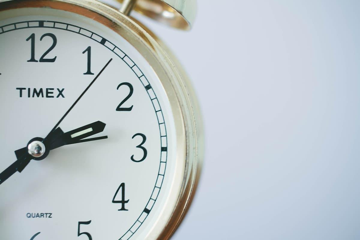 時間の拘束(通勤や残業)