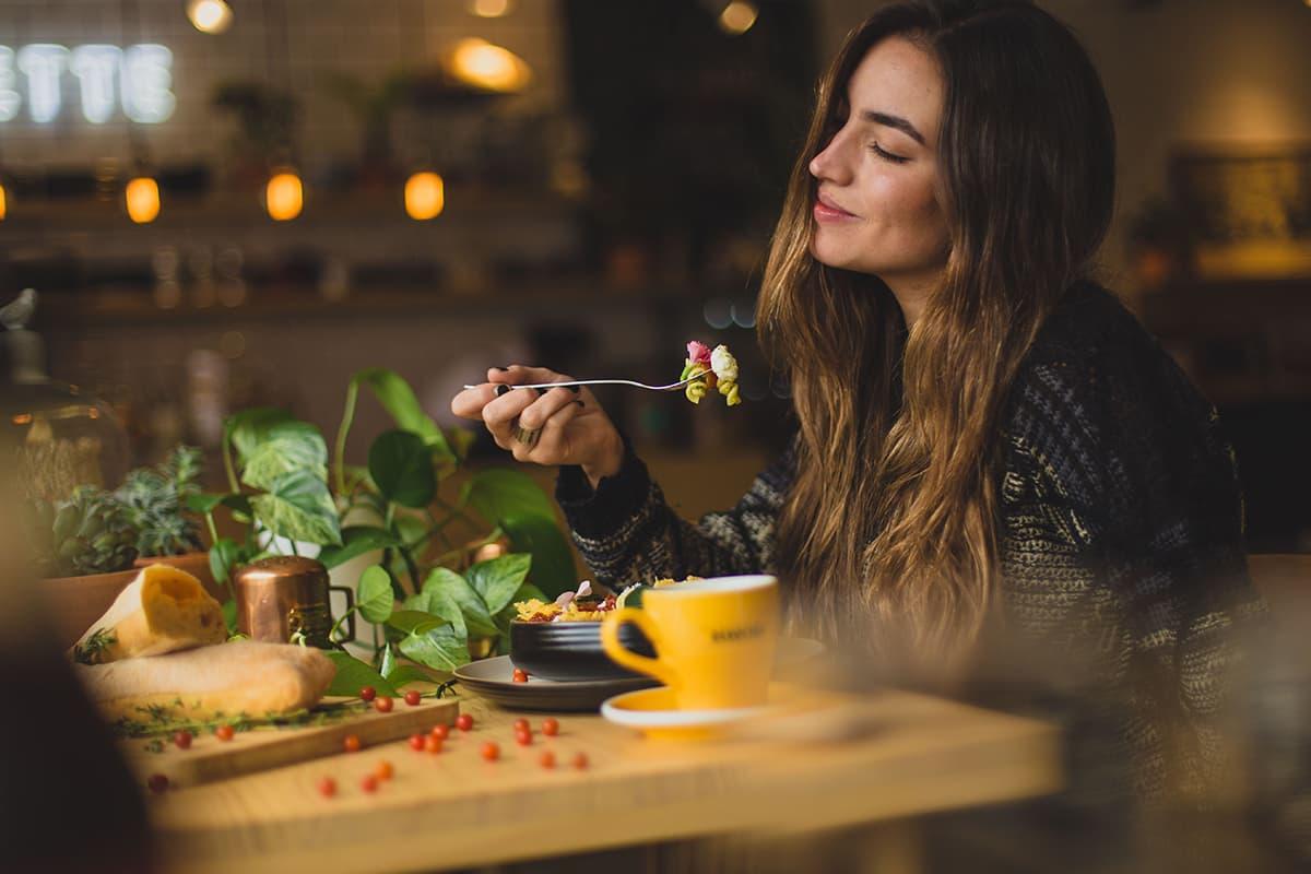 美味しいものを食べた時に、笑ってしまうあの時の感情。
