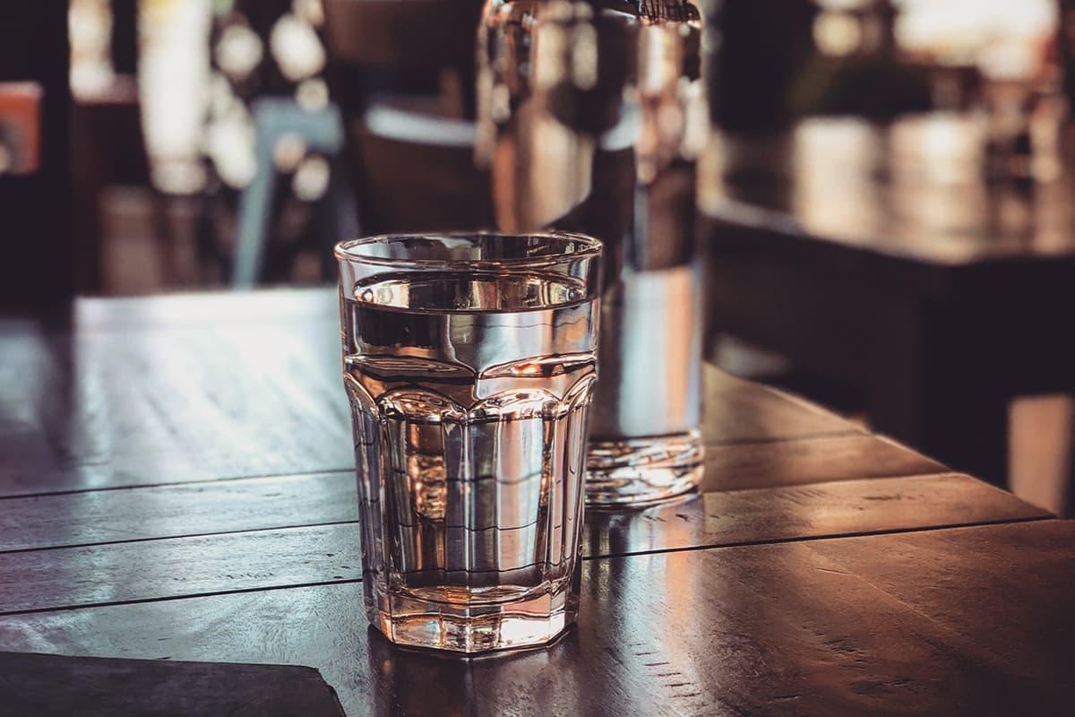 「朝起きたら水を飲む」も立派なルーティーン